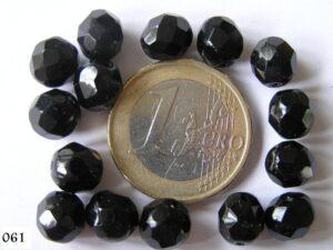 0010405 Zwart facet geslepen 8 mm.-0