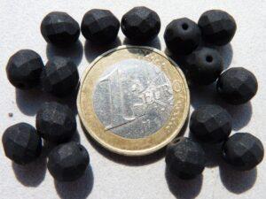 0010423 Mat zwart facet 8 mm. 15 Pc.-0