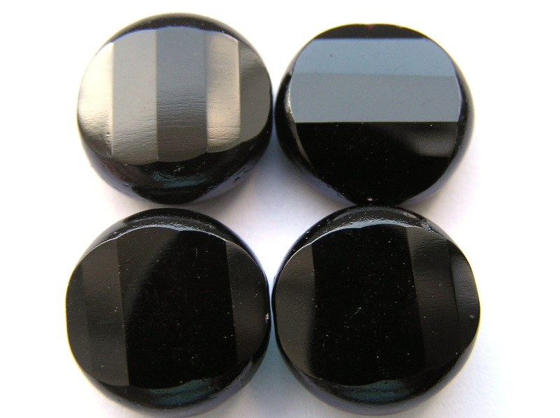 0010448 Zwart kussenvormig facet-0