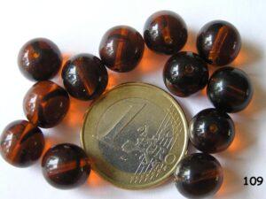 0030013 Bruin met iets zwart rond 10 mm.-0