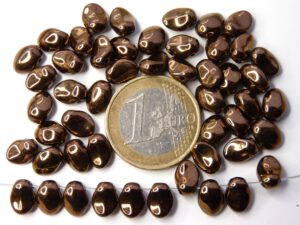 0030098 Dark copper short daggerbead, Tulip Petal 30 Pc.-0