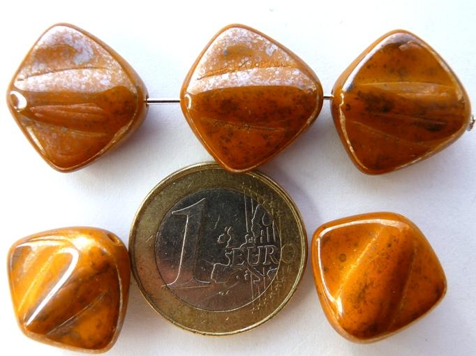0030022 Opaque bruin met glans 5 Pc.-0