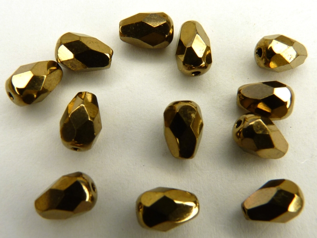 0030238 Peervormig facet, Golden Bronze 7 x 5 mm.-0