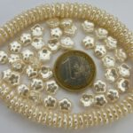 0040120 Creme Pearls Bloemvormig. 40 stuks-0