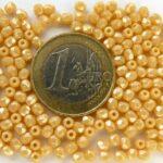 0040225 Isabella ( opaque beige)hematiet, 3 mm. 50 stuks-0