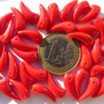 0050063 Opaque Red Tooth Beads 35 Pc.-0