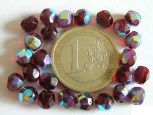 0050221 Garnet ( Donkerrood) facet mt AB 6 mm.-0