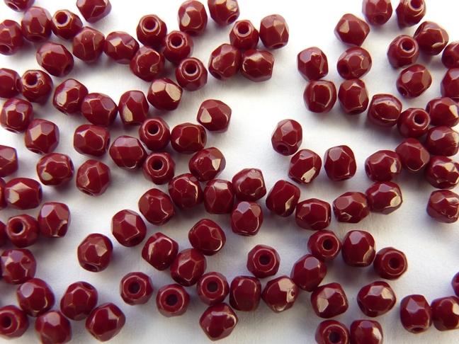 0050257 Dark Coral Red, facet 3 mm.-0