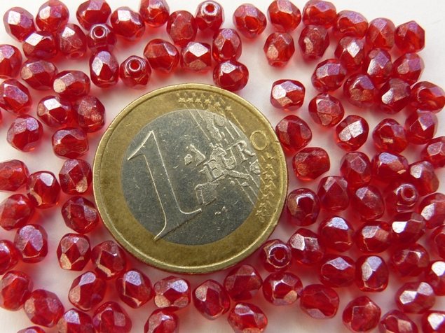 0050266 Siam Red Hematite, facet, 4 mm. 50 stuks-0