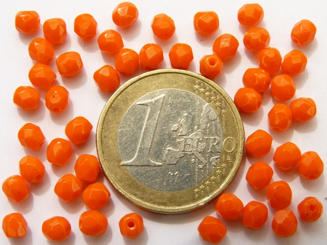 0060111 Bright Opaque Orange facet, 4 mm. 50 stuks-0
