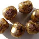 0080200 Opaque white met purple senegal lazura luster.-0