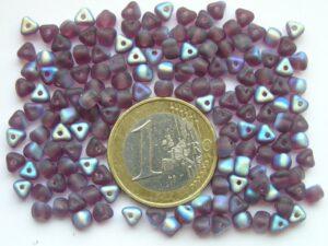 0080243 Mat paars driehoekje met AB-0