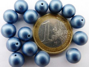 0090070 Metallic Suede Blue Round 8 mm. 14 Pc.-0