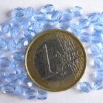 0090124 Light Sapphire facet 4 mm. 50 Pc.-0