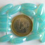 0090229 Aquablauw met glans, banaanvorm.-0