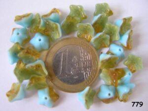 0090250 Aquablauw met bruin kelkvormige bloemen-0
