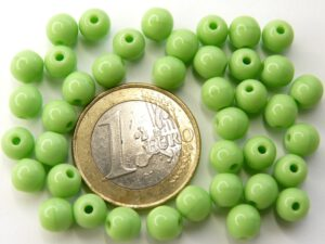 0100090 Opaque Spring green Round 6 mm. 40 Pc.-0