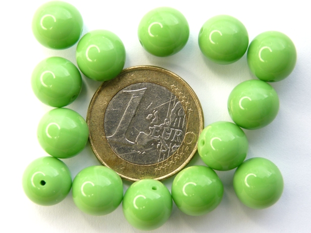 0100096 Opaque Green Round 10 mm. 14 Pc.-0