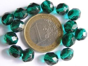 0100376 Emerald facet 8 mm.-0