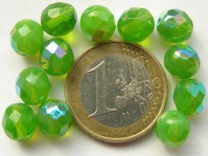 0100488 Opal groen facet met AB 8 mm.-0