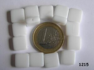 0140015 wit vierkant 10,5 x 10,5 x 4 mm-0