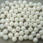 0140041 White Alabaster Iris round 6 mm. 40 Pc.-0