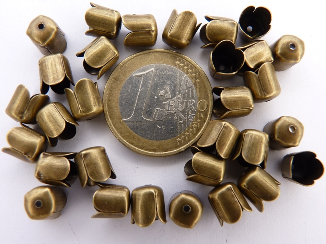 0160074 Eindkappen, Antique Bronze 6,5 x 7,5 mm. 30 stuks.-0