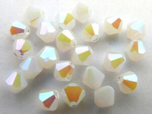 04-MC-01000-28300 Bicones White Opal Full AB 50 Stuks-0