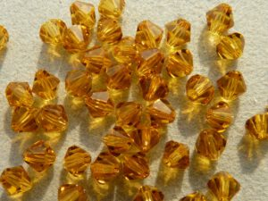 04-MC-10070 Bicones Topaz 4 mm. 50 Pc.-0