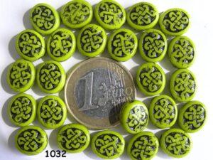 0100106 Dekkend appeltjes groen ovalen schijf met zwarte opdruk-0