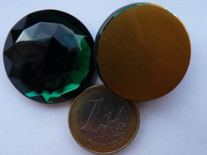 FB-50730-Ro Round Emerald Flat Back Gold Foiled 30 mm.-0