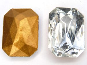 00010-Oc Crystal Octagon Gold Foiled 25 x 18 mm.-0