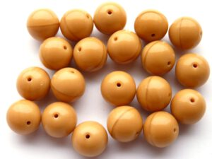 0040002 Opaque Beige round pressed glassbeads 15 Pc.-0