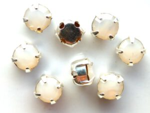 MCC-SS20-SLV-01000 MC-Chatons White Opal in Silver Setting 10 Pc.-0
