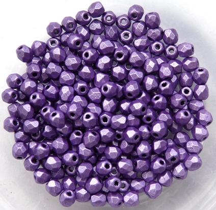 0080597 Metallic Suede Purple facet 3 mm. 50 Pc.-0