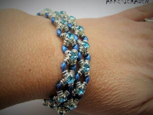 Link to a Free Pattern from Akke Jonkhof: Wrap en Bling Bracelet-0