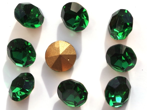 SS39-MCC-50730-98521 Emerald Gold Foiled Chaton 12 Pc.-0