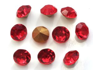 SS39-MCC-90070-98521 Light Siam Ruby Gold Foiled Chaton 12 Pc.-0