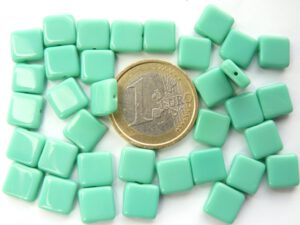 0100005 Opaque Green Turquoise plat vierkant 30 Pc.-0