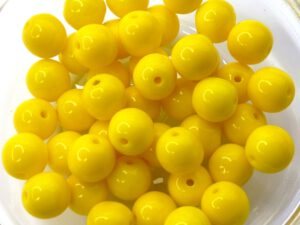 0130001 Opaque Yellow Round 7 mm. 25 Pc.-0
