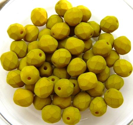 0100456 Saturated Lemongrass Facet 6 mm. 25 Pc.-0