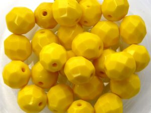0130122 Opaque Yellow Facet 8 mm. 12 Pc.-0