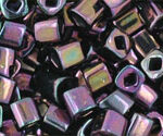 TC-03-0085 Metallic Iris Purple 3 mm Toho Cubes	-0