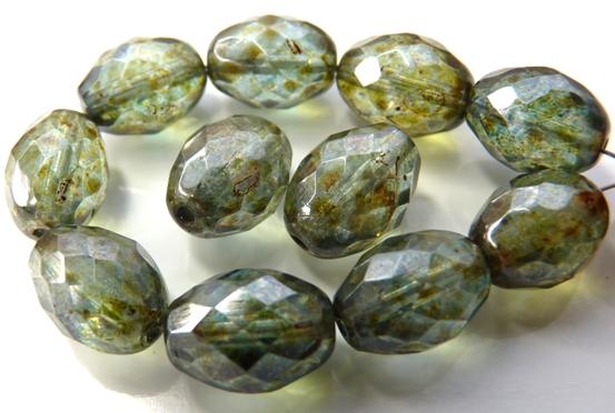 0100403 Crystal Green/Blue Lazura Oval facet 13x10 mm. 6 Pc.-0