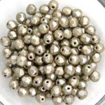 0020287 Metallic Suede Silver Grey facet 4 mm. 50 Pc.-0