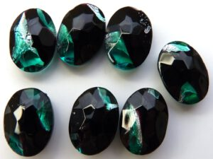 0021-OV Oval Jet Green/Silverfoil Unfoiled 14 x 10 mm.-0