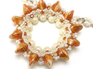 DIONE-APRICOT-CREAM Pendant by Peggy Heidrich KIT-0