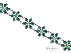Lenora Bracelet Free Tutorial TOHO bij 11/0 Demi Round en 8/0 Demi Round-0