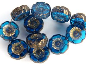 0090260 Dark Aqua Vega Luster Round Flower Table Cut Bead. 6 Pc.-0