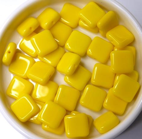 0130016 Opaque Yellow square Bead. 30 Pc.-0